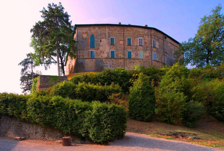 1 novembre: apertura castello di Bianello